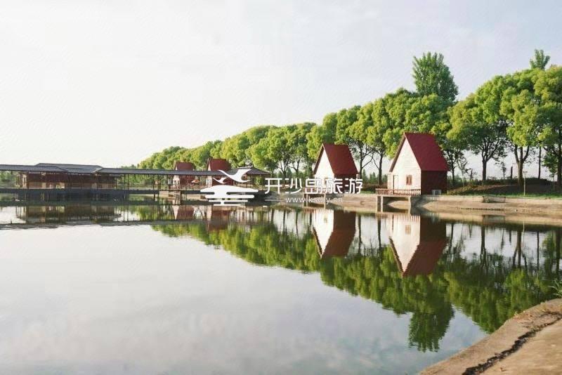 秀岛山庄湖边别墅